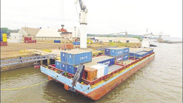 Las embarcaciones de Hidrovías Bolivia zarparon ayer desde Puerto Jennefer para llegar a tres países. Foto: HIDROVÍAS BOLIVIA-GRUPO VESSEL