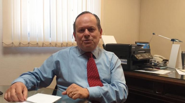 La Cámara Nacional de Exportadores de Bolivia (Caneb), a través de su gerente General, Javier Hinojosa, afirmó que independientemente quien gané en las elecciones del 20 de octubre, el próximo Gobierno deberá hacer ajustes en la economía para disminuir el déficit fiscal y el déficit comercial.
