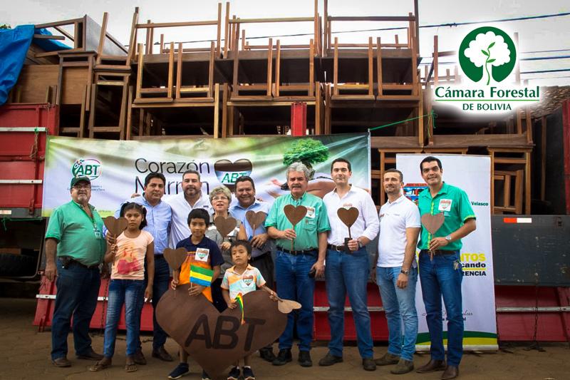 La CFB comprometida con la Responsabilidad Social Empresarial (RSE) firma convenio para la elaboración de pupitres escolares
