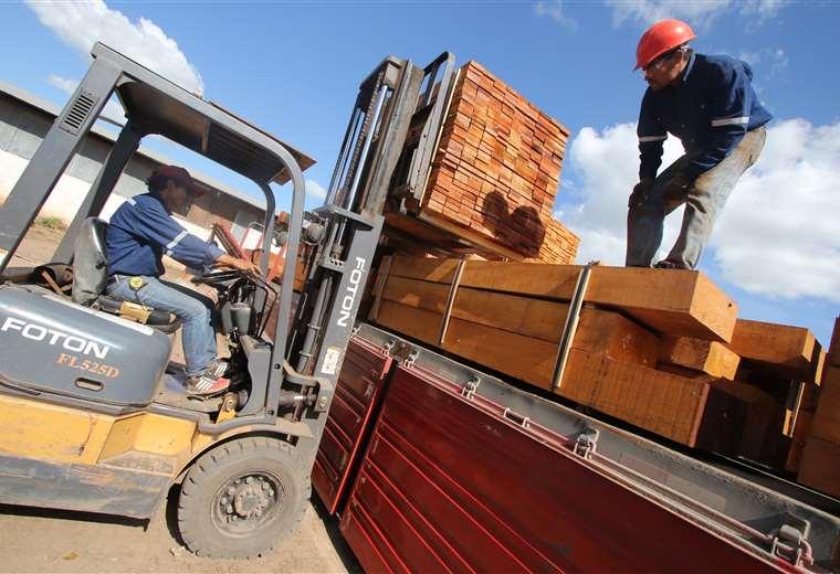 Industria. Se perfila aumentar la producción de 1,3 a 5 millones de metros cúbicos, pasar de 90.000 a 419.000 empleos y aportar un 4% al PIB. La ABT descongestiona los papeleos para exportar